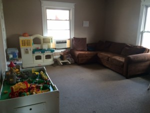 IMG 0074 300x225 - Visit House